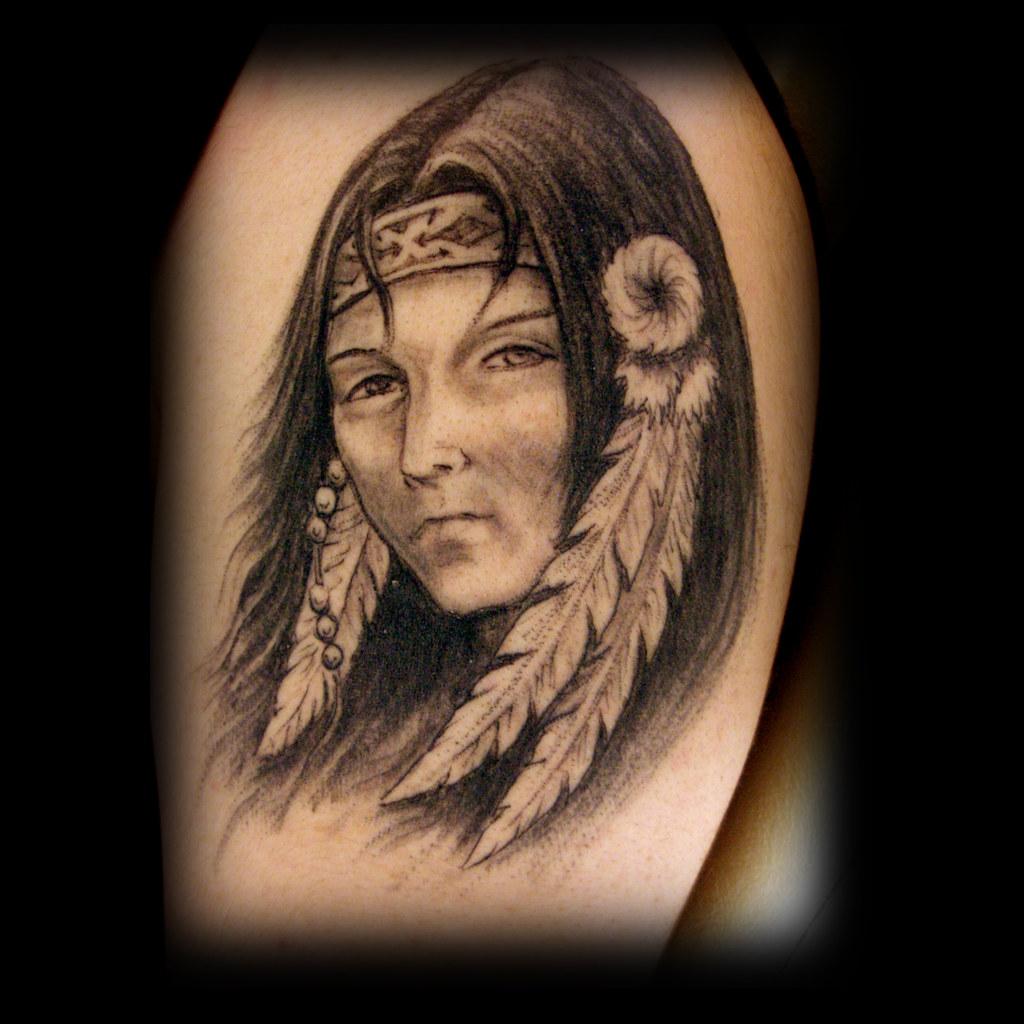 Тату с девушкой индейцем