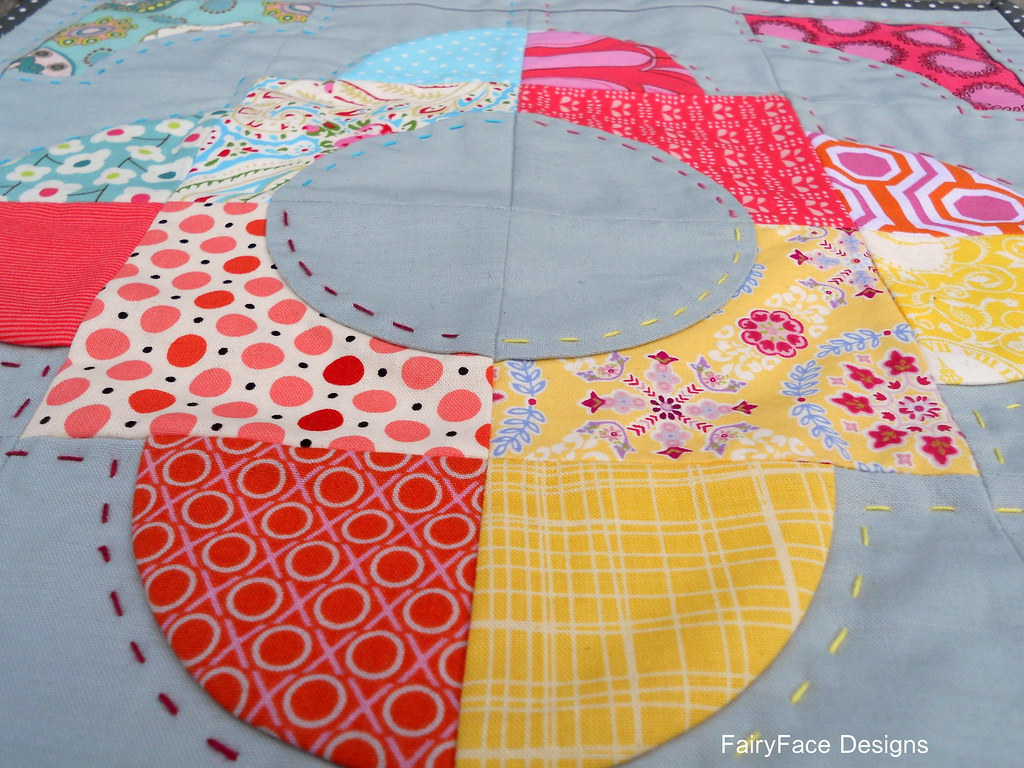 Doll Quilt handquilting closeup