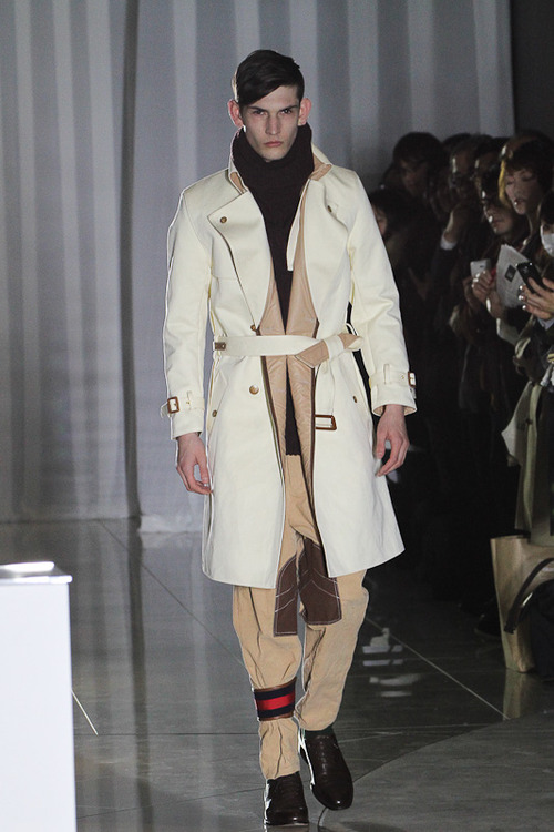 FW12 Tokyo The Dress & Co. HIDEAKI SAKAGUCHI009_Reece(Fashionsnap)