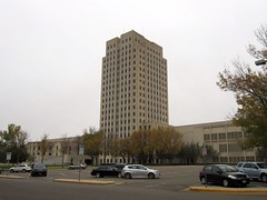 the skyscraper on the prairie