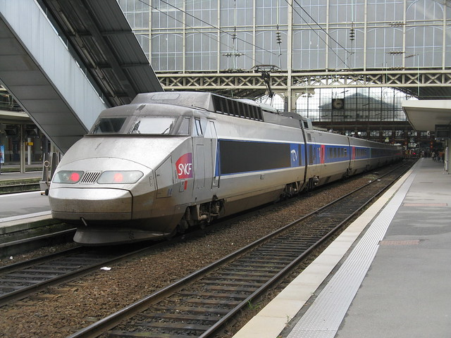 sncf tgv pse paris sud est set no 84 lille flandres flickr photo sharing. Black Bedroom Furniture Sets. Home Design Ideas