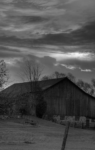 cambridge ontario barn sunrise scenery