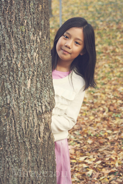 kid behind a tree, kid portraits