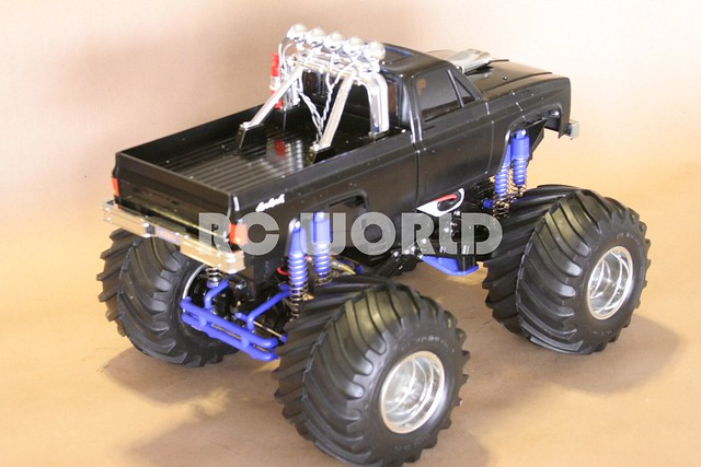 TAMIYA CLOD BUSTER RC MONSTER TRUCK