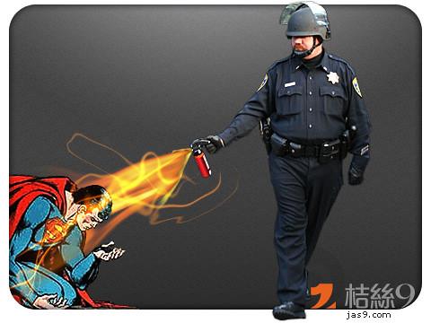 Pepper-Spray-Cop-1