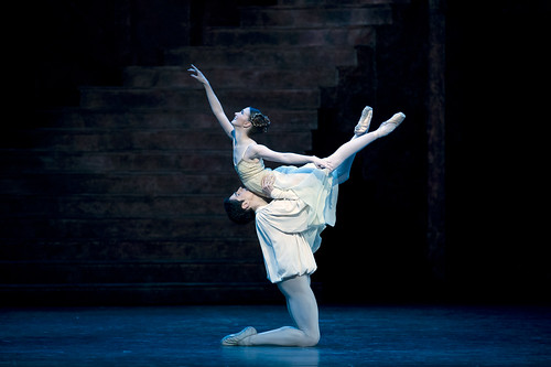 Lauren Cuthbertson as Juliet and Federico Bonelli as Romeo in Romeo and Juliet © Bill Cooper/ROH 2012 by Royal Opera House Covent Garden, on Flickr