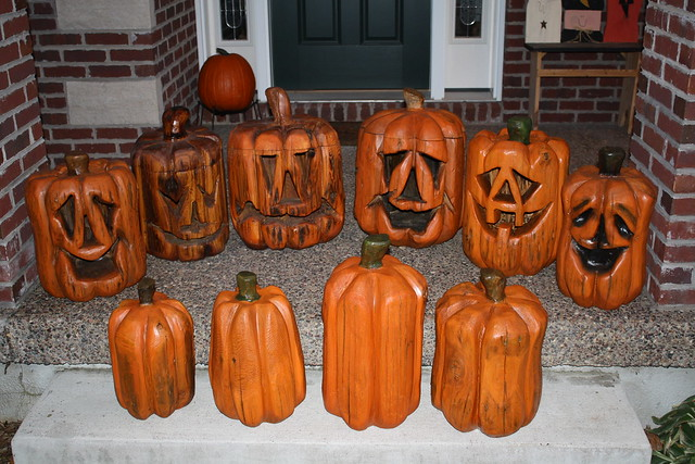 Chainsaw carved pumpkins dave schaeffer explore