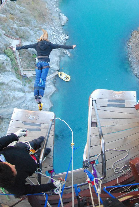 Kelly Bungy Jumping