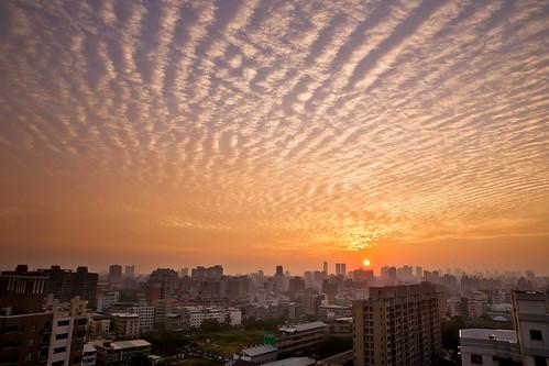 sunset clouds taiwan 日落 blackhole 台中市 taichungcity 黑洞 魚鱗雲 sonya850 sony2470za scalesclouds