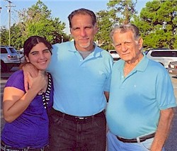 Cuban Five political prisoner re-unites with family members in Florida. by Pan-African News Wire File Photos