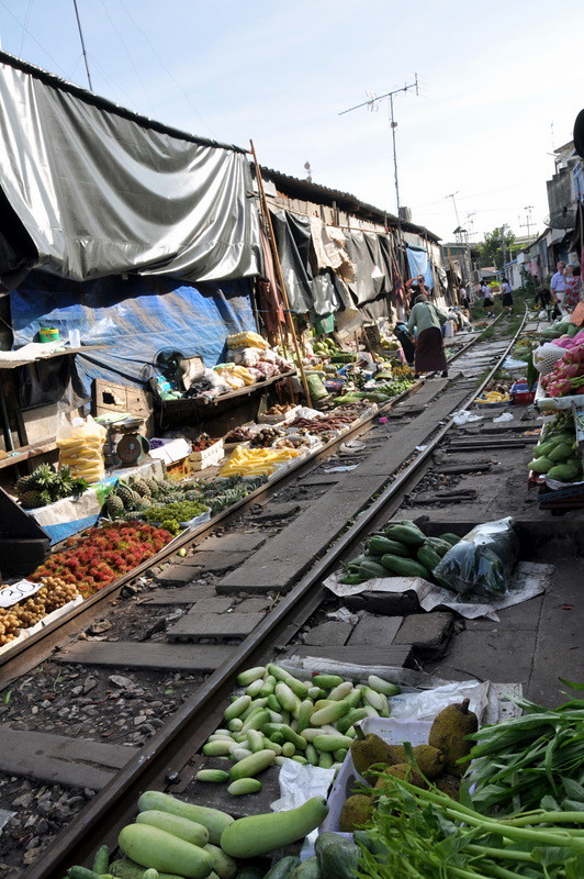 Train Market - Bangkok