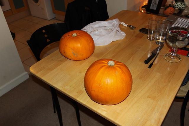 Buy pumpkins - Pumpkin making - Halloween 11