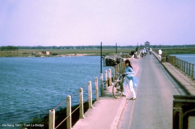Đà Nẵng 1967 - Cầu Cẩm Lệ trên QL1 đi vào ĐN