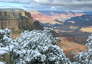 Grand Canyon National Park: Early Snow on South Rim