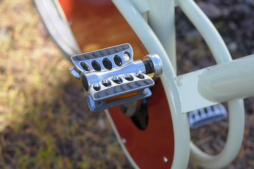 Paper Bicycle, Pedals