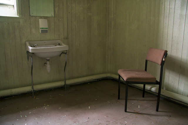 Rosslynlee Hospital's Lonely Chair