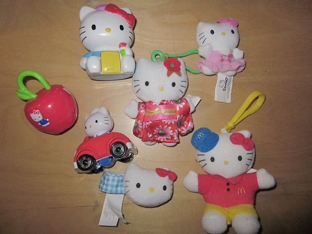 Hello Kitty Mcdonald S Toys : Mcdonalds hello kitty happy meal toys quot flickr photo