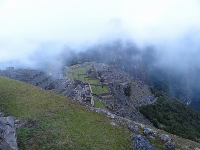Machu Picchu brume