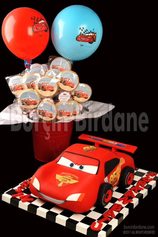Lightning Mcqueen Cake & Cookies