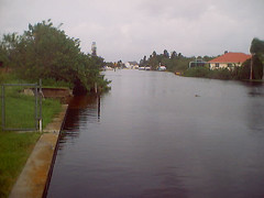 storm surge flood, Ft Myers, FL (by: ShutterSparks/Phil, creative commons license)
