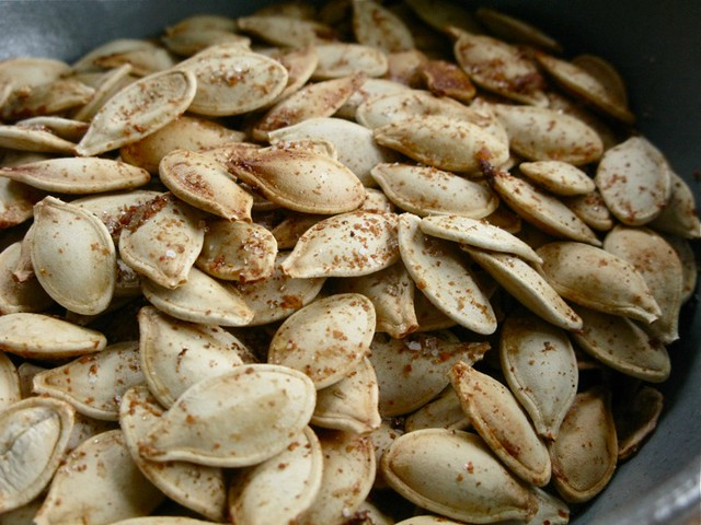 toasted spicy sweet pumpkin seeds 002 | Flickr - Photo Sharing!
