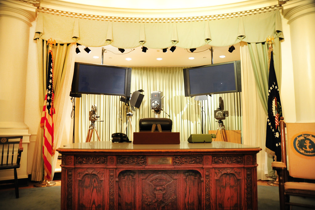 Jfks Oval Office Desk President John Fitzgerald Kennedys Flickr