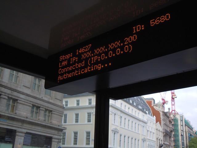 公車站牌的 IP(Photo Credit: https://www.flickr.com/photos/kevandotorg/6250089499/)