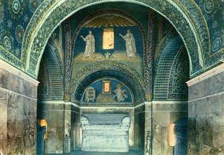 Ravenna - Galla Placidia Mausoleum Interior (Postcard)