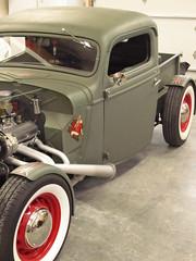 automobile, automotive exterior, wheel, vehicle, hot rod, ford model b, model 18, & model 40, vintage car, land vehicle, luxury vehicle, motor vehicle,