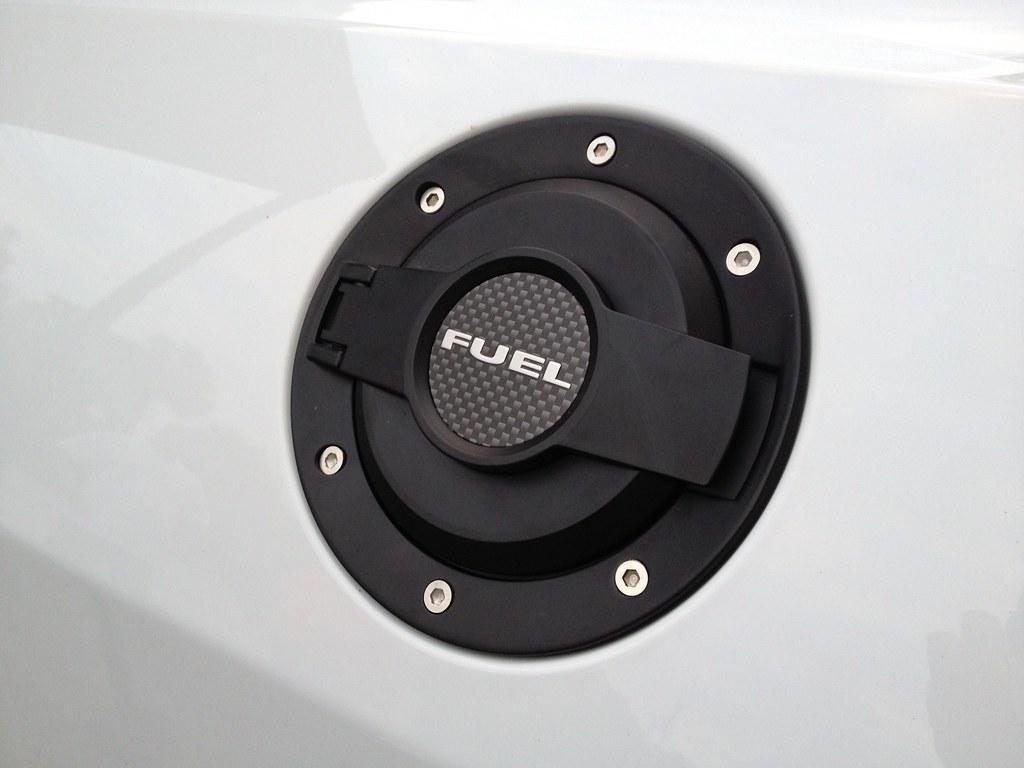 Drake black billet fuel door 08 15 challenger page 3 dodge challenger forum challenger srt8 forums
