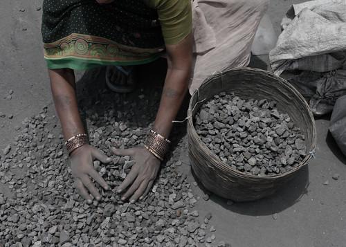 非法煤礦場的工人。(來源:Akshay Mahajan)