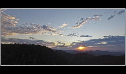 morning sky sun mountains clouds sunrise nc view northcarolina sunburst overlook blueridgeparkway blueridge paulmalcolm