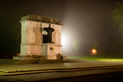 usa ny newyork monument statue fog night memorial september albany 2011 civilwarmonument albanycounty autumnseason