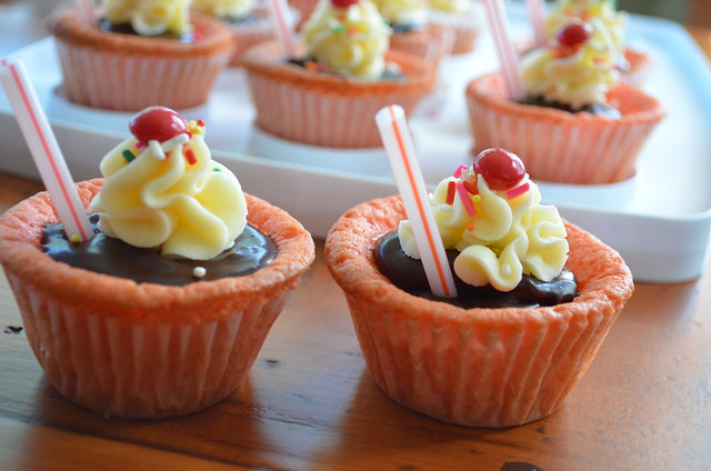 Strawberry Milkshake Cupcakes | Explore I Sing In The Kitche ...