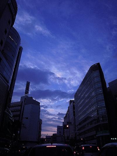 立川駅北側夕暮れ2011