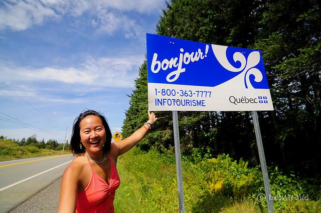 Quebec Bonjour sign