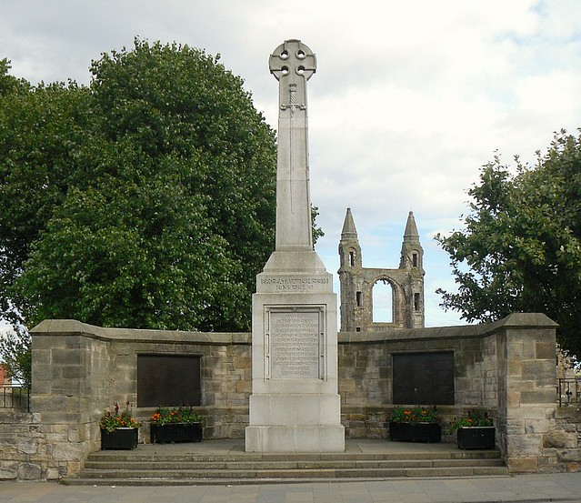 St Andrews War memorial
