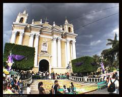 En un Viernes Santo / On Good Friday