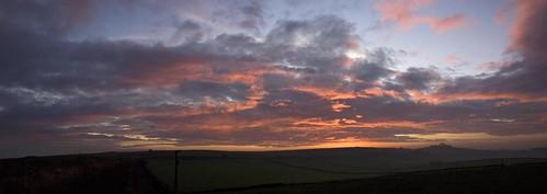 autumn sunrise landscape derbyshire peakdistrict whitepeak highpeaktrail midshiresway britnatparks minninglowembankment minninglowhill