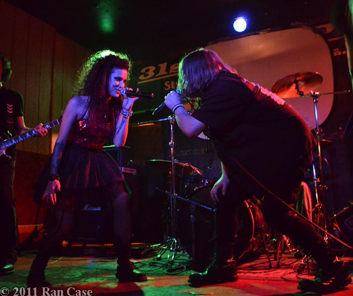 I:Scintilla and Jim Semonik, 31st Street Pub, Pittsburgh, PA ©2011 Ran Case - DOOM! Magazine