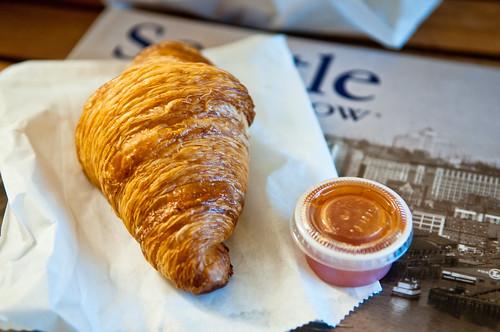 Cafe Besalu Croissant w/Nectarine Jam