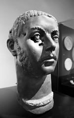 Cabeza de joven romano