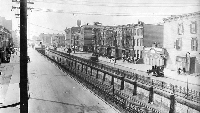 Atlantic Ave Looking West From The Sackman St Bridge Long