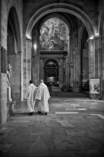 en white pope black saint nikon paint cathedral perspective picture priest provence renaissance throne aix rostrum 2470mm sauveur d700 fabricedrevon
