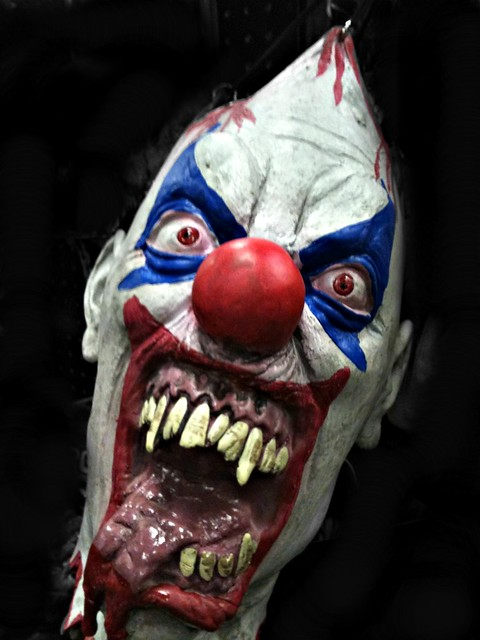 Killer Clown Costumes For Kids Cheepest With A Balloon