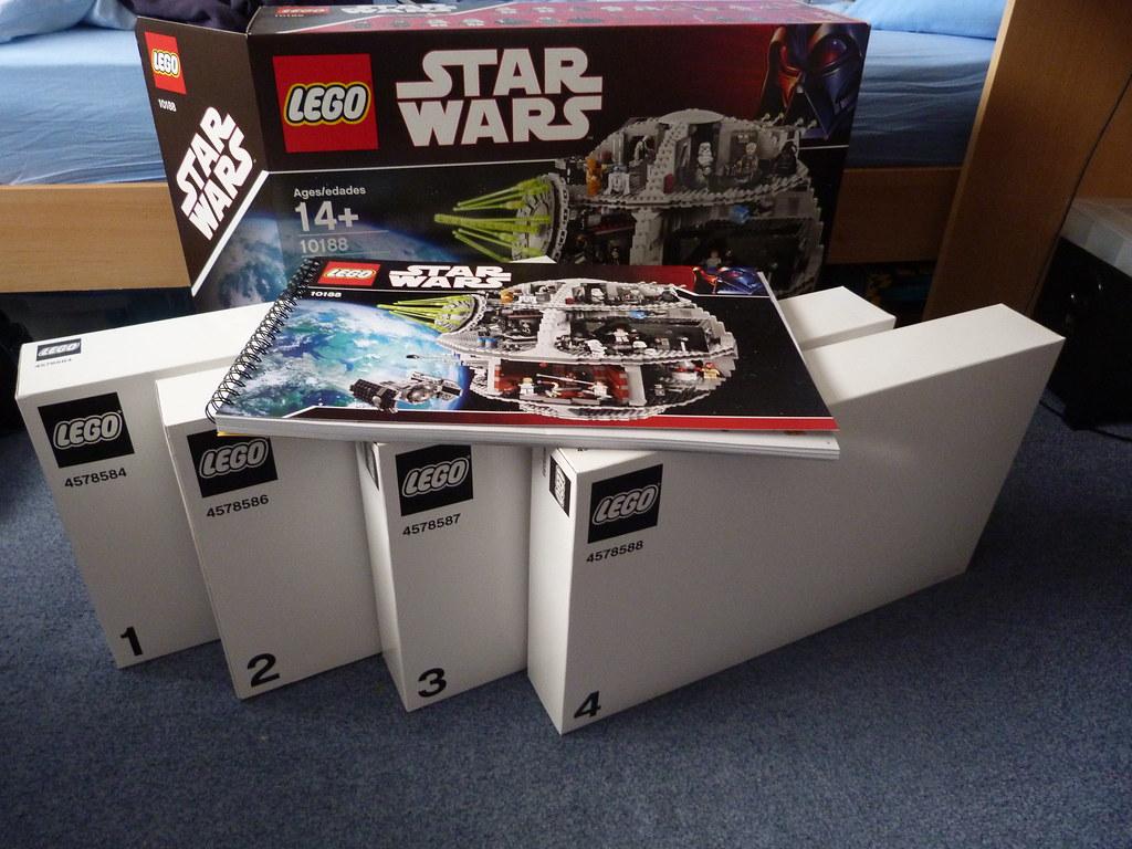 Lego Star Wars 10188 UCS Death Star opened
