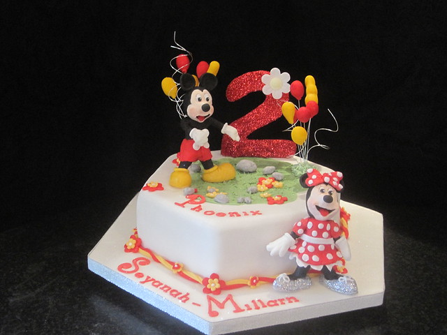 7 Year Old Birthday Cakes http://www.flickr.com/photos/69521446@N07/6322416195/