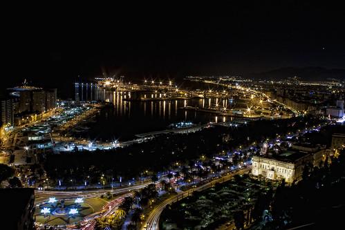 Málaga de noche by Molinafucker