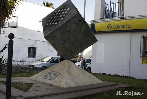 MONUMENTO A LA CONSTITUCIÓN ESPAÑOLA.- by JLROJAS2