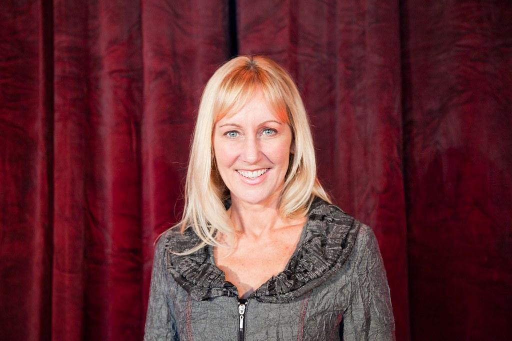 1acf8b2c8c6 Headshots of Betsy Myers – Myers Leadership